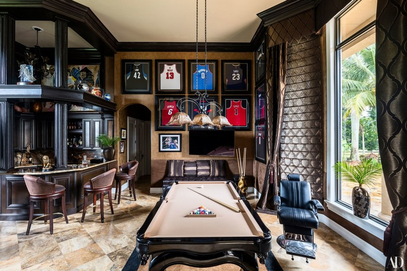 Celebrity homes: The Stoudemire Family Tours their Luxury Home > Daily Design News - Explore Extraordinary and Unique Design Ideas > #dailydesignnews #designnews #celebrityhomes #celebs
