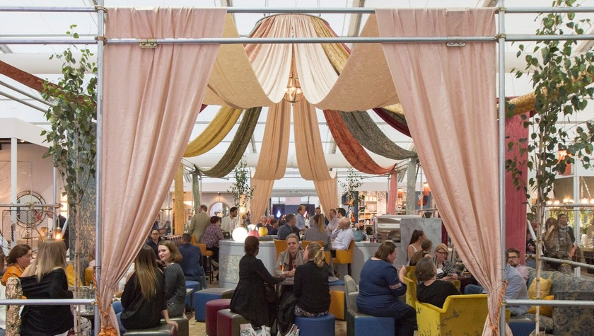 Decorex 2017 - Shalini Misra Creates the Champagne Bar - Decorex 2017 ➤ Discover the season's newest design news and inspiration ideas. Visit Daily Design News and subscribe our newsletter! #dailydesignnews #designnews #bestdesignevets #designevents #DecorexInternational2017 #Decorex2017 #DecorexInternational #Decorex
