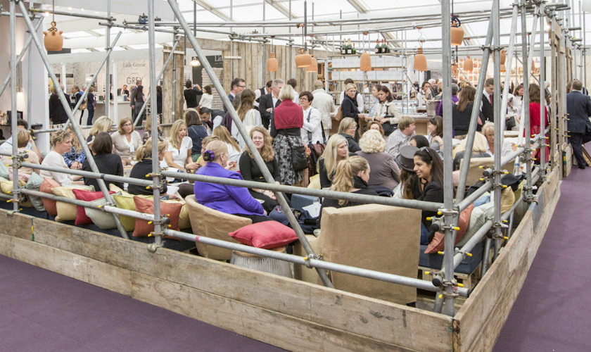 Decorex International 2017 - Shalini Misra Creates the Champagne Bar - Decorex 2017 ➤ Discover the season's newest design news and inspiration ideas. Visit Daily Design News and subscribe our newsletter! #dailydesignnews #designnews #bestdesignevets #designevents #DecorexInternational2017 #Decorex2017 #DecorexInternational #Decorex