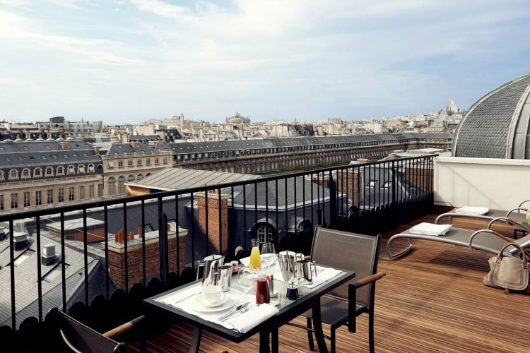 Daily Design News Presents You the Grand Hotel du Palais Royal > Daily Design News > the latest news on interior design trends > #dailydesignnews #grandhoteldupalaisroyal #interiordesign