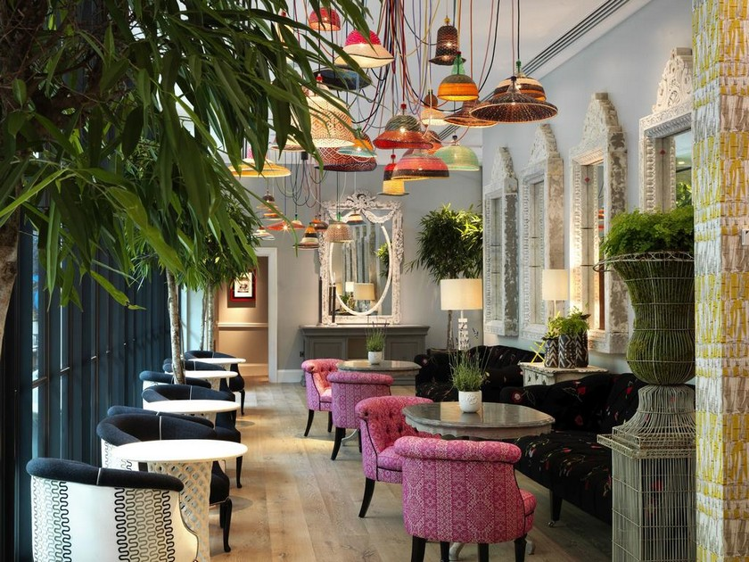 The Best Hotels in London to Stay During 100% Design ➤ Discover the season's newest design news and inspiration ideas. Visit Daily Design News and subscribe our newsletter! #dailydesignnews #designnews #bestdesignevets #designagenda #designevents #londondesignfestival #LDF #londondesignfestival2017 #LDF2017