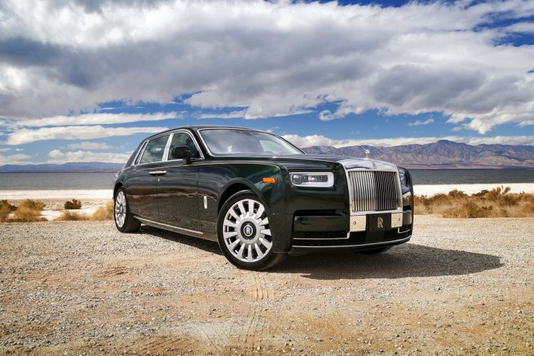 WHY DOES THE NEW ROLLS ROYCE PHANTOM COSTS SO MUCH?