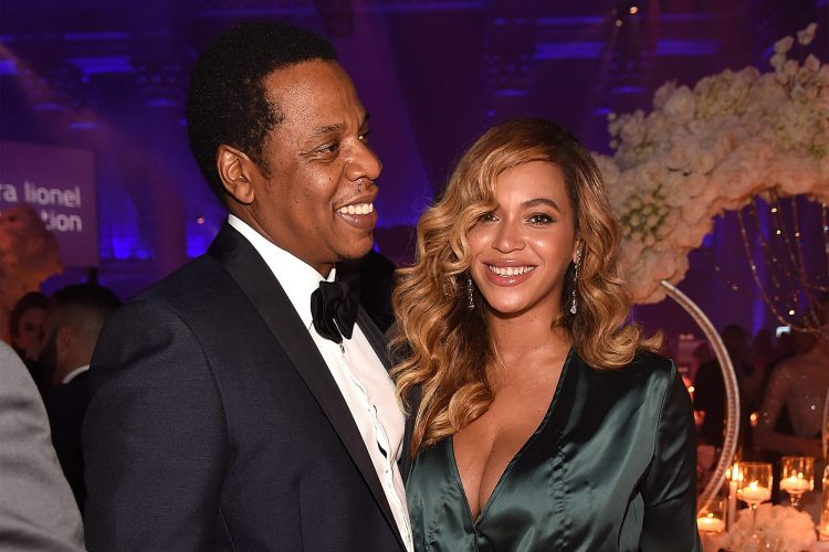 THE ACTUAL TRUTH BEHIND BEYONCÉ AND JAY-Z 26$ MILLION MANSION