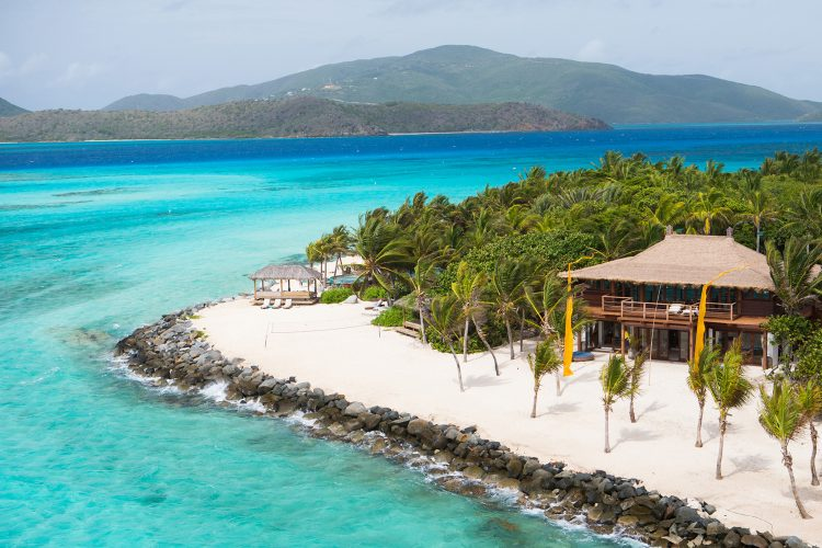 10 BEST LUXURY VACATION RENTALS YOU CAN FIND AT AIRBNB
