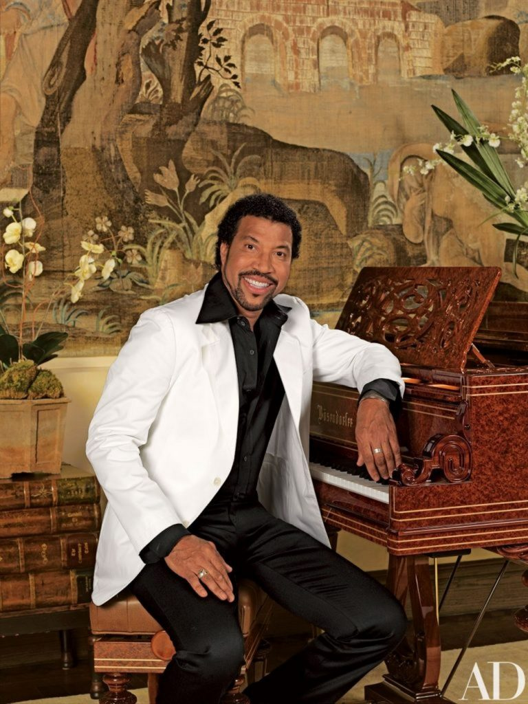 Lionel Richie's 28 Room House in Beverly Hills