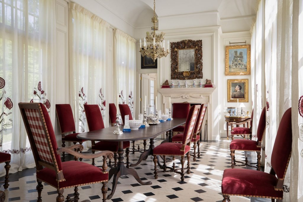 Interior Designer | Robert's Home