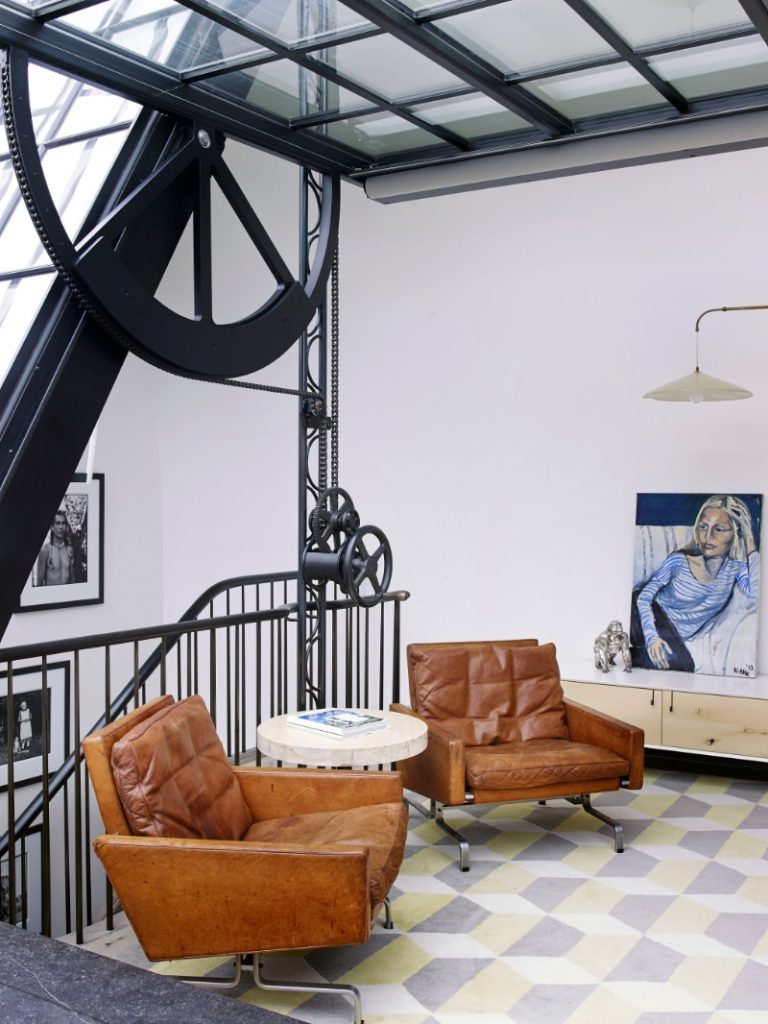 Industrial Design Meets a Historical Company -A West Village Townhouse in New York