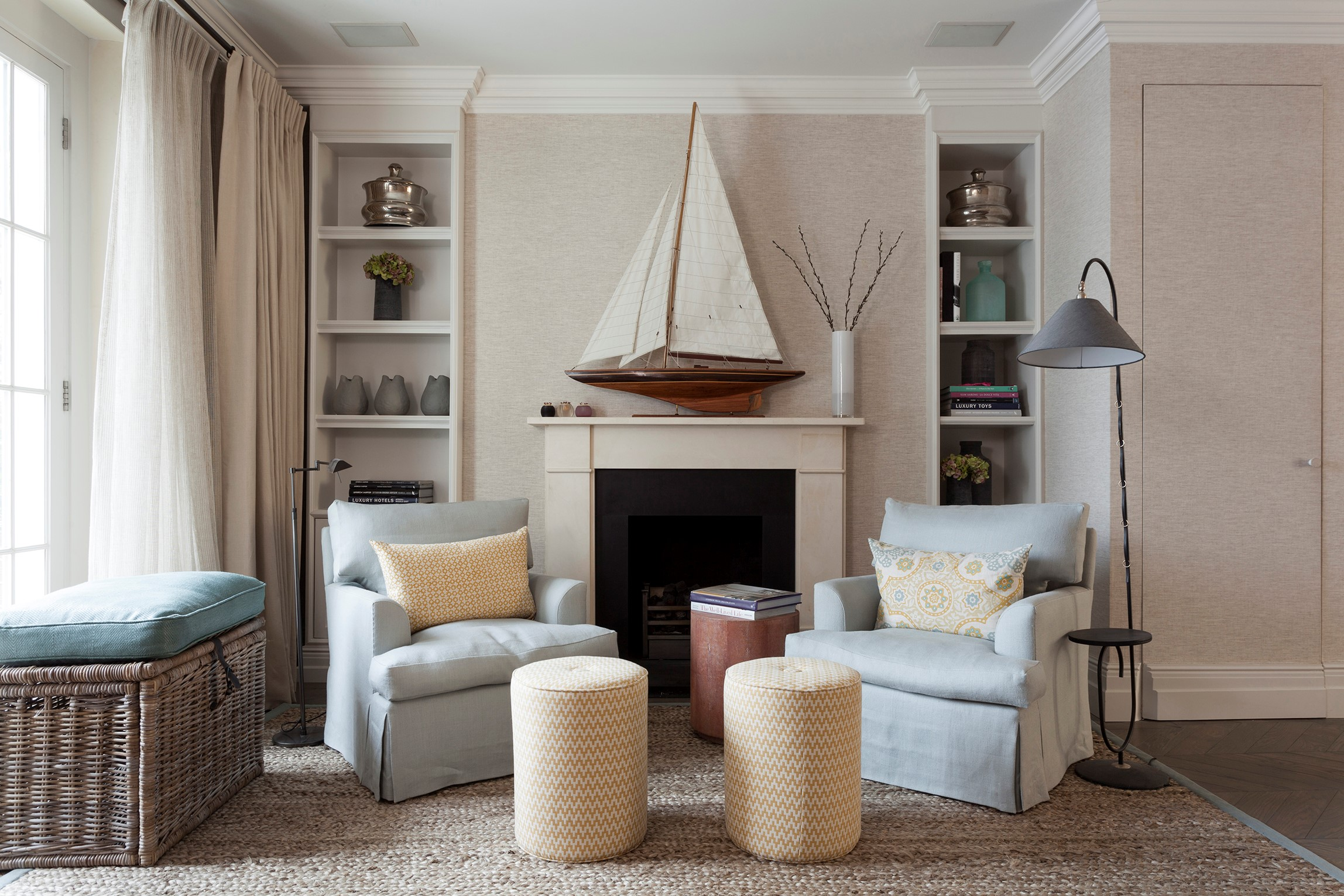 Sophisticated House in Central London X BRABBU Armchairs