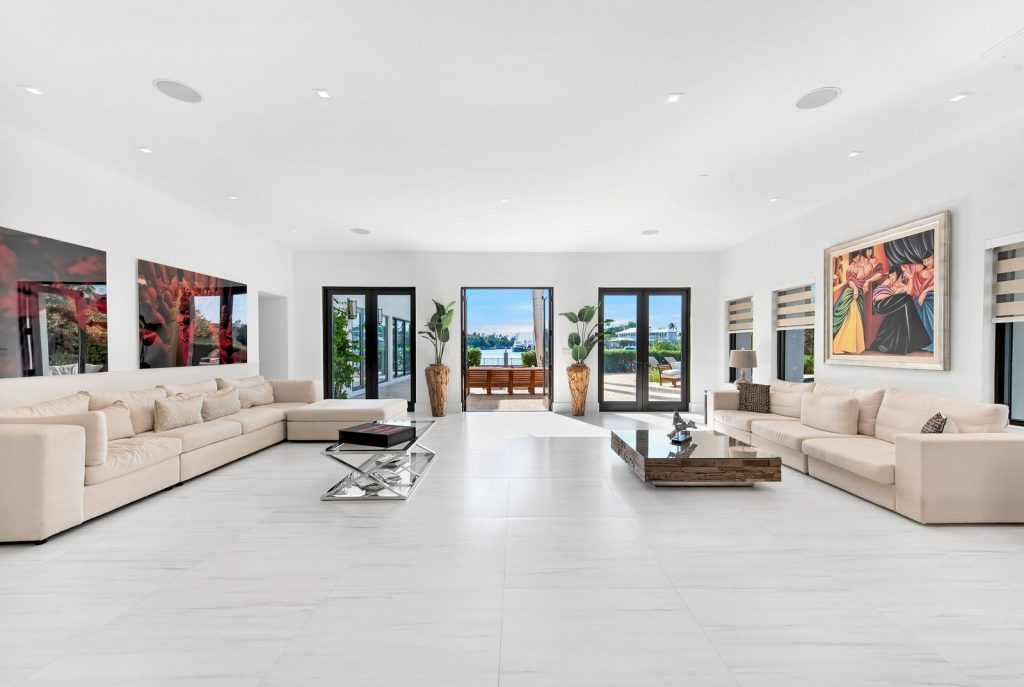 Miami House | Courtesy of the Julian Johnston Team at The Corcoran Group