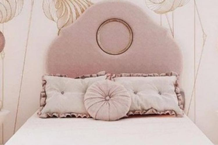 Luxury girl room